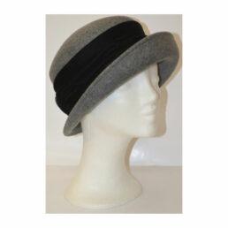Kalap - szürke-lakk gombos női gyapjú kalap