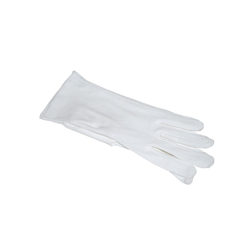 Fehér kesztyű