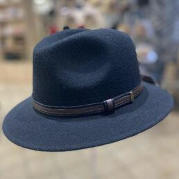 férfi kalap fekete